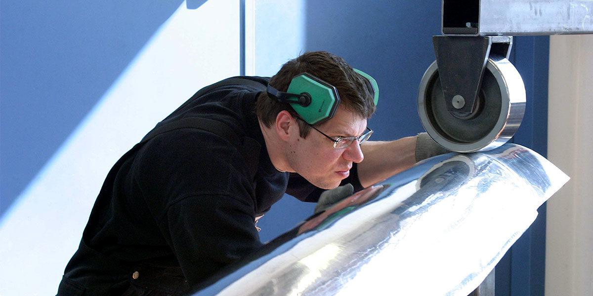 oldtimer restauration lernen seminare f r einsteiger und profis fahrzeugakademie. Black Bedroom Furniture Sets. Home Design Ideas